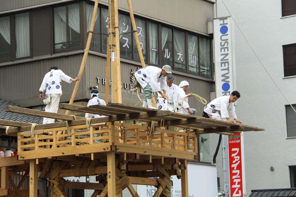祇園祭鉾建・月鉾