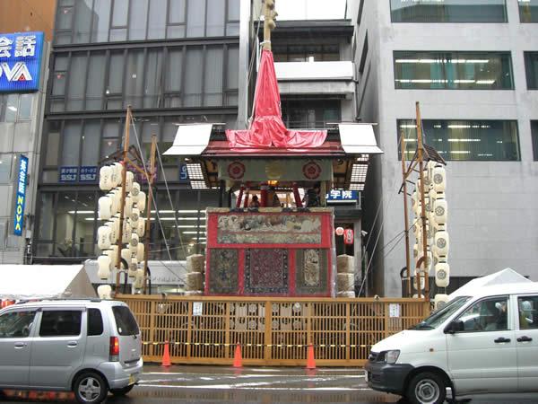 祇園祭鉾立